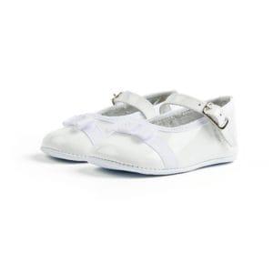 White ballerinas with a white bow