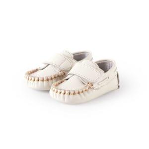 Ivory mocassins for babies